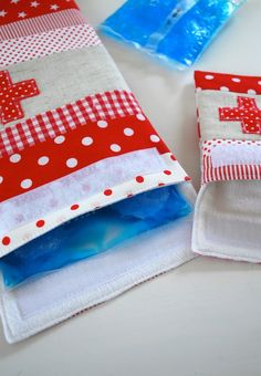 Good idea for keeping those ice packs not so cold, maybe use homemade ice pack inside.