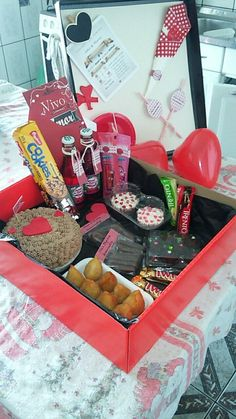 Valentine Gifts, Valentines Day, Romantic Surprise, Goodie Bags, Ideas Para, Great Gifts, Anniversary, Presents, Gift Wrapping