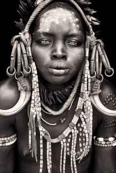 African Nomads Portraits sur : http://neptun-photography.com/blog/african-nomads-portraits/