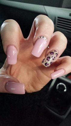 Acrylic gel polish nails
