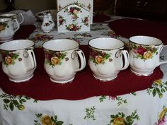 Royal Albert Old Country Roses Montrose Mugs