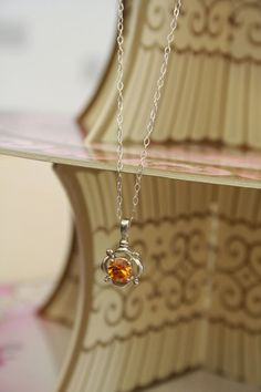 Beautiful vintage citrine stone silver necklace