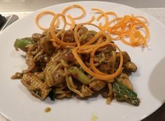 plated,peanut,butter,chicken,noodles