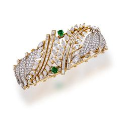 Best Diamond Bracelets : A diamond, emerald and eighteen karat gold bangle bracelet Black Diamond Bracelet, Gold Diamond Earrings, Gold Bangle Bracelet, Diamond Bracelets, Gold Bangles, Mangalsutra Bracelet, Jewelry Bracelets, Diamond Jewellery, Bridal Jewellery