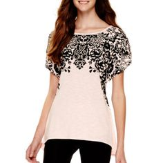 by&by Short-Sleeve Sharkbite-Hem Graphic Top - JCPenney