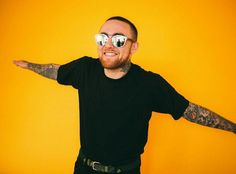 Mac Miller - Good News Lyrics [Verse I spent the whole day in my head Do a little spring cleanin' I'm always too busydreamin. Mac Miller And Ariana Grande, Ariana Grande Mac, Love And Hip, Love N Hip Hop, Hiphop, Mac Miller Quotes, Mac Miller Albums, Mac Miller Tattoos, Little Mac