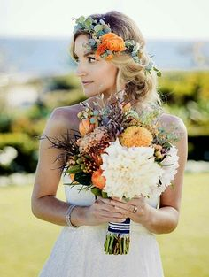Bride's Coordinating Bouquet & Fresh Floral Crown