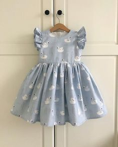 curtidas, 56 comentários – Little sTudio ( keine Instagr… - Trend Center Baby Girl Party Dresses, Dresses Kids Girl, Kids Outfits Girls, Girl Outfits, Kids Girls, Baby Dress Patterns, Baby Clothes Patterns, Cute Baby Clothes, Diy Clothes
