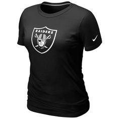 Nike Oakland Raiders Women's Basic Logo T-Shirt - Black ($25) ❤ liked on Polyvore featuring tops, t-shirts, black, sleeve t shirt, slim t shirt, slim tee, slim fit shirt and logo shirts