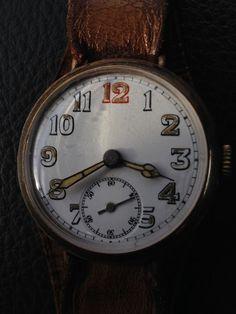 Ceas de mana probabil militar din Marele Război.