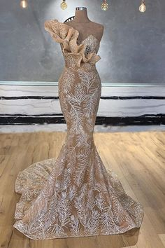 6 Beautiful Wedding Dress Trends in 2020 Gala Dresses, Couture Dresses, African Fashion Dresses, African Dress, Champagne Evening Dress, Wedding Evening Gown, Mermaid Evening Dresses, Wedding Dress Trends, Beautiful Gowns