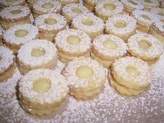 Druh receptu: Sladkosti - Page 39 of 331 - Mňamky-Recepty. Czech Recipes, Graham Crackers, I Foods, Doughnut, Biscuits, Sweet Tooth, Cheesecake, Food And Drink, Yummy Food