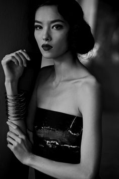 Fei Fei Sun - The Feminine Mystique American Vogue Peter Lindbergh