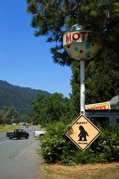 A Bigfoot crossing sign sits in front of the Willow Creek Motel in Willow Creek, Calif., on Saturday, May 2, 2015.  (LiPo Ching/Bay Area News Group)