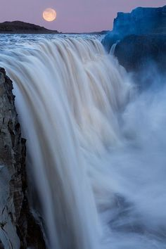 Dettifoss Waterfall in Iceland under a Super Moon. Apparently I need to go to Iceland. Beautiful Moon, Beautiful World, Beautiful Places, Beautiful Pictures, All Nature, Amazing Nature, Beautiful Waterfalls, Beautiful Landscapes, Les Cascades