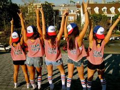 Gallery: 27 Photos That Will Make You Feel High As A Kite jean shorts red white blue tube socks baseball cap Sorority Party, Sorority Rush, Sorority Sugar, Sorority Life, Sorority Shirts, Kappa Alpha Theta, Alpha Chi Omega, Theta Crafts, Make My Day