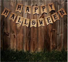 Happy Halloween Burlap Banner by TheRusticChicBtqe on Etsy What Is Halloween, Halloween Camping, Rustic Halloween, Halloween Sewing, Halloween Games For Kids, Spooky Halloween, Easy Homemade Halloween Costumes, Easy Halloween Crafts, Halloween Photos