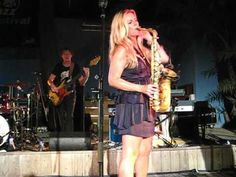 Candy Dulfer plays New York (Empire state of mind), Mambo Beach, Curacao 2010 - YouTube