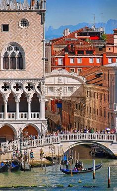Venice, Italy / Doges Palace & Bridge of Sighs