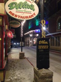 18 Italian Restaurants In Arkansas That'll Make Your Taste Buds Explode Eureka Springs Restaurants, Talum Mexico, Eureka Springs Arkansas, Best Italian Restaurants, Drink Signs, Before Sunrise, Best Places To Eat, Dream Vacations, Road Trippin