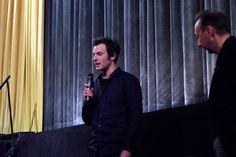 Foto: Aaron Brookner, Neffe des Regisseurs Howard Brookner, der das nach dessen Tod in der Versenkung verschwundene filmische Werk seines Onkels (u.a. BURROUGHS – THE MOVIE) wieder zutage gefördert hat. Hier am 23.03.2013 im Metropolis-Kino Hamburg vor der Filmvorführung von BURROUGHS – THE MOVIE.