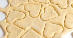 Sour Cream Sugar Cookies easy enough for 3 year old freezable Best Buttercream Frosting, Frosting Recipes, Cookie Recipes, Dessert Recipes, Bread Recipes, Sour Cream Sugar Cookies, Cream And Sugar, Healthy Sugar Cookies, Just Desserts