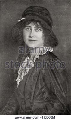 Elizabeth Angela Marguerite Bowes-Lyon, 1900 –2002. Seen here aged 16. Future Queen Elizabeth, The Queen Mother - Stock Photo