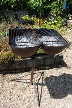 rocket stove and grill Rim Fire Pit, Fire Pit Grill, Bbq Grill, Grilling, Pit Bbq, Fire Pits, Outdoor Stove, Outdoor Fire, Gas Bottle Bbq