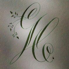 89 отметок «Нравится», 12 комментариев — Stefanie Weigele (@federflugcalligraphy) в Instagram: «A happily flourishing H! Also inspired by that sweet alphabet @bienfaitcalligraphy showed us.…»