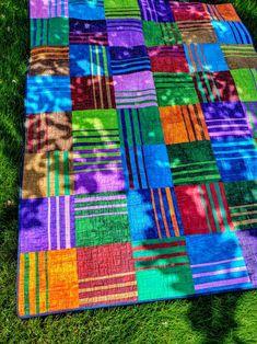 Vibe Quilt Kit using P & B Digital Terra Prints finishes at Patch Quilt, Quilt Blocks, Modern Quilt Patterns, Contemporary Quilts, Kit, String Art, Digital Prints, Needlework, Textiles