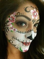 Half sugar skull -- cold also work w/out the forehead design