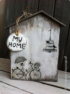 ideas for wood box crafts signs Crafts To Sell, Home Crafts, Diy And Crafts, Arts And Crafts, Diy Projects To Try, Wood Projects, Ceramic Houses, Wooden Houses, House Ornaments