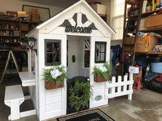 Kids Wooden Playhouse, Cedar Playhouse, Playhouse Decor, Playhouse Outdoor, Playhouse Ideas, Backyard Playground, Backyard For Kids, Cubby Houses, Play Houses