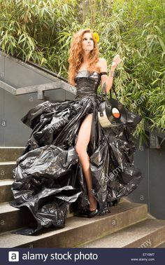 Find the perfect garbage bag dress stock photo. Recycled Costumes, Recycled Dress, Recycled Clothing, Diy Dress, Fancy Dress, Dress Card, Trash Bag Dress, Bin Bag, Newspaper Dress