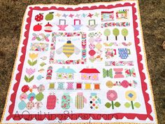 Falling Charms Aviatrix Medallion: Fabric Pull Baby Postage Stamp Aviatrix Medallion Quilt Along Scrap quilt When People Steal Quilty Fun ~ Finish Steve's Quilt ~ Finish  ~ by A Quilting Sheep