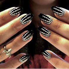 From cute to creepy, these are the best halloween nail art ideas and designs to try, from vampire fangs to a blood-dripping manicures. nails 23 devilishly good nail art ideas to try this Halloween Cute Halloween Nails, Halloween Nail Designs, Halloween Ideas, Creepy Halloween, Halloween Office, Halloween Party, Halloween Recipe, Halloween Desserts, Halloween Costumes