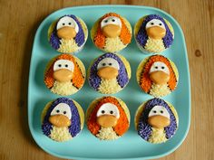 Penguin cupcakes! For you Mom!