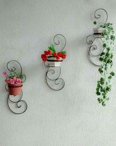 Creative Mini Garden Ideas to Beautify Outside Walls On A Budget Diy Garden Decor, Garden Art, Garden Design, Unique Plants, Unique Flowers, House Plants Decor, Plant Decor, Tuscan Garden, Pot Jardin
