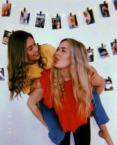 17 photos you could only take with your best friend - Photos for best friends. Photos pasted on the wall - could friend Photos 645914771542621352 Best Friends Shoot, Best Friend Poses, Cute Friends, Photos Bff, Friend Photos, Bff Pics, Beach Photos, Best Friend Photography, Girl Photography