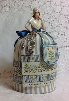 Grethel ~ A Dutch Maiden Pincushion Doll From Giulia Punti Antichi - Cross Stitch Charts - Embroidery - Casa Cenina