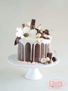 Chocolate and flowers drip cake