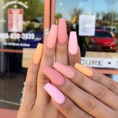 In look for some nail designs and ideas for your nails? Here is our set of must-try coffin acrylic nails for fashionable women. Simple Acrylic Nails, Summer Acrylic Nails, Best Acrylic Nails, Pastel Nails, Summer Nails, Peach Nails, Cute Simple Nails, Nail Pink, Orange Nail