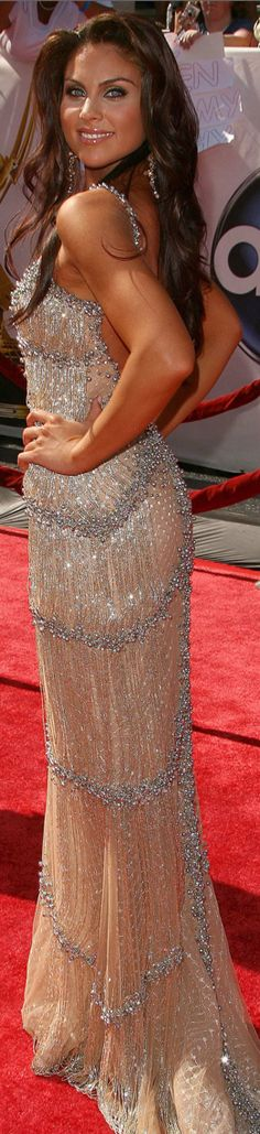 Nadia Bjorlin wearing a beautiful sparkle gown Nadia Bjorlin, Glamour, Beautiful Gowns, Beautiful Women, Gorgeous Dress, Evening Dresses, Formal Dresses, Party Dresses, Rock