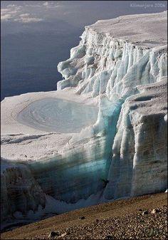 Glaciers Kilimanjaro (Decken Glacier).