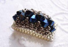 Einmal in crystal metallic blue 2x ...       und einmal in garnet.     Diese Ringe habe ich schon öfters auf   verschiedenen Blogs geseh...
