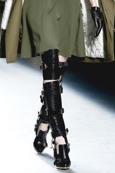 Prabal Gurung Fall 2013 RTW - Details - Fashion Week - Runway, Fashion Shows and Collections - Vogue - Vogue