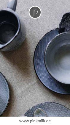 Bei uns im Shop findest Du wunderschönes, skandinavisches Geschirr, zum Beispiel von Villeroy & Boch oder Housedoctor. Der nächste Kaffeenachmittag kann kommen! #pinkmilk #pinkmilkgeschirr #skandinavischesgeschirr #nordichome #villeroyundboch #villeroyundbochgeschirr #housedoctor House Doctor, Shops, Plates, Tableware, Drinking Glass, Egg Cups, Licence Plates, Tents, Dishes