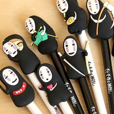 8 pcs of Set Spirited Away 千と千寻 No-Face Faceless Ghibli Costume Fine point Black Gel pen Otaku, Anime Crafts, Cute Stationary, Spirited Away, My Neighbor Totoro, Hayao Miyazaki, Cute Characters, Gel Pens, Kawaii Anime