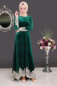 ** SONBAHAR / KIŞ ** Dantel Detay Kuyruklu Kadife Abiye Elbise Zümrüt Ürün kodu: YGS6002 --> 149.90 TL