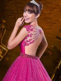 Debutante vestidos de debutantes, vestido gode curto, vestido curto, ve Ball Gown Dresses, 15 Dresses, Evening Dresses, Fashion Dresses, Dress Up, Girls Dresses, Formal Dresses, Wedding Dresses, Beige Blond
